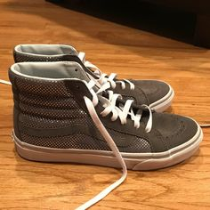 a35c40527c6ee1 18 Best Hightop Vans Outfit images