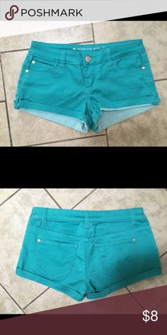 Celebrity pink colored shorts Size 1. Purchased from Macy's. Like new condition! Shorts