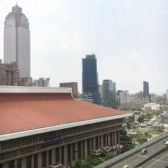 ホテルからの眺め你好  a view from my hotel room . #taipei #台湾旅 #実は咳がひどい #stillfeelingabitsick #無理しないでおこう #doucement