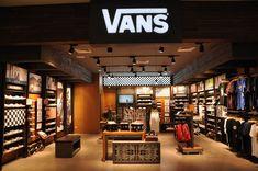 First Vans Store in Jakarta Boutique Interior, Gentleman Store, Rak Display, Homer Decor, Boutique Stores, Home Gadgets, Closet Designs, Shop Interiors, Commercial Design