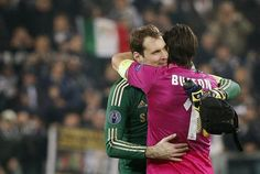 Futbol de Locura: Cech se rinde a Buffon