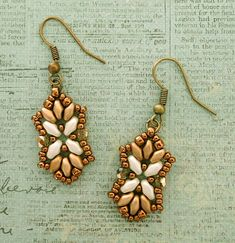 Linda's Crafty Inspirations: Tampa Earrings & Bracelet Set