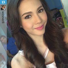 makeup artist and hairstylish Filipina Actress, Filipina Beauty, Stunningly Beautiful, Beautiful Women, Beauty Women, Curly Hair Styles, Hair Makeup, Celebs, Singer