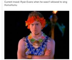 High School Musical memories :') << I have never watched highschool musical but this is still funny Dreamworks, Disney Pixar, Disney High, Disney Memes, Funny Disney, Just In Case, Just For You, To Infinity And Beyond, I Love To Laugh