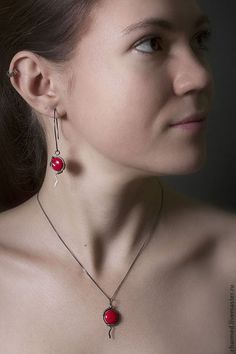 """Complete sets of handmade jewelry.  Fair Masters - handmade.  Buy Set of jewelry from silver and red kruglyashey """"Passion.""""  Handmade."""