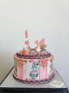 Paris cake by Silviq Ilieva Pretty Cakes, Cute Cakes, Beautiful Cakes, Amazing Cakes, Cake Decorating Icing, Cookie Decorating, Paris Birthday Cakes, First Communion Cakes, Paris Cakes