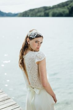 Wedding dress by Solaine Piccoli   Headpiece by Niely Hoetsch
