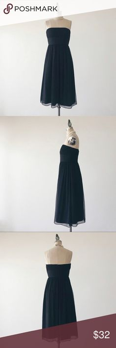 "J CREW | Black Silk Strapless Dress FEATURES:  •Strapless  •Rear invisible zipper  •Knee length  •Fully lined  •100% silk chiffon  MEASUREMENTS: Bust - 30 1/2"" Waist - 27"" Hips - 41"" Length - 35 1/4""  ☑️Very good condition ✖️NO TRADES/RESERVES/MODELING 08-016-16 J. Crew Dresses Strapless"