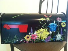 Custom Painted mailboxes!
