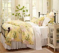 Bedroom Decorating Cottage Style Bedroom Decor For The