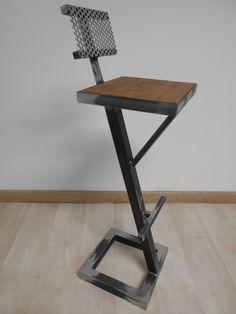 Tabouret de bar style industriel metal bois creation artisanale dossier tole perforee 2