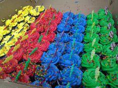 The @legolandflorida birthday cupcakes come in a rainbow of colors. Rainbow Birthday Party, Birthday Cupcakes, Birthday Fun, Legoland Florida, Yummy Treats, Birthdays, Bucket, Tasty, Colors