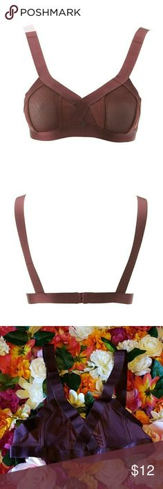 """Maroon Bralette Product Care: Nylon & Spanx/Hand Wash Only  Product Fit: Size Small/11"""" From Top To Hem  Features: 3 Column 2 Hook-And-Eye Fasteners/Mesh & Thick Fabric/Maroon Color/Key-Hole Cut-Out At The Bust/Adjustable Straps  NIP! Charlotte Russe Intimates & Sleepwear Bras"""