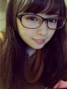 and Kawaii Bomb Asian Cute, Cute Asian Girls, Cute Girls, Prety Girl, Cute Japanese Girl, Girls With Glasses, Girl Glasses, Womens Glasses, Short Bob Hairstyles