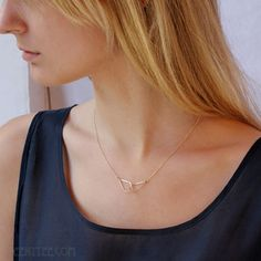 14K Gold filled dangling intersecting teardrops necklace