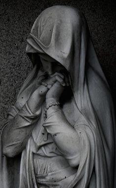 O ew´ge Liebe, heil´ge mich Mit deinen sanften Gluten, In meine Seele senke dich, Wenn meine Wunden bluten! Wenn ich aus dieser wüsten Welt Nach...