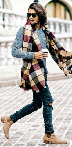 Season Jackets - 31 Mens Style Outfits Every Guy Should Look At For Inspiration Being the garment of the season has many good things, but also requires some chameleonic ability to not saturate when it has just started. Outfits Casual, Fall Fashion Outfits, Trendy Fashion, Winter Fashion, Mens Fashion, Winter Outfits, Fashion Check, Denim Outfits, Fashion Trends