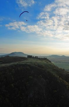 Paragliding above Csobánc Castle ruins in the Balaton uplands. Budapest, Whole Earth, Castle Ruins, Paragliding, Before I Die, Central Europe, Berg, Roman Empire, Places To Travel