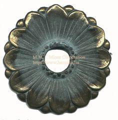 Kerti Csap rozetta (E) típusokra.Walled well brings rosette Manufacture of copper-garden taps. I fished Hungary. Faucet, Taps, Bring It On, Hungary, Wellness, Garden, Copper, Rosettes, Garten