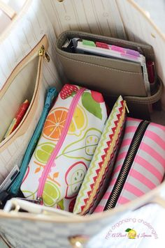 Your purse belongings will be easy to find when contained in storage pouches - a great organization tool. Get all the junk and clutter out of your purse and organised so it's always easy to find!
