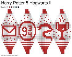 Julekuler, Harry Potter Hogwarts II: letter, platform 9 snake, Goblet of Fire Tricot Harry Potter, Cross Stitch Harry Potter, Harry Potter Ornaments, Harry Potter Christmas, Loom Patterns, Cross Stitch Patterns, Crochet Patterns, Knit Christmas Ornaments, Christmas Balls