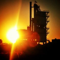 What a beautiful sunset last week! — a Abu Dabi, United Arab Emirates.