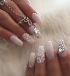 Bruid & bruiloft nagel ontwerp bruiloft nagels foto's – wedding-clothes-d…. Wedding Gel Nails, Wedding Nails For Bride, Bride Nails, Wedding Nails Design, Prom Nails, Long Nails, Jamberry Wedding, Bling Wedding, Trendy Wedding
