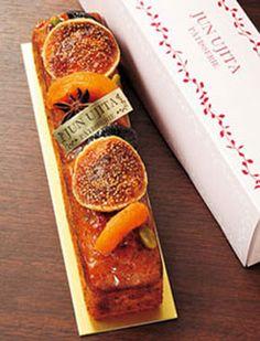 パティスリー ジュンウジタ 東京都目黒区碑文谷4-6-6 「ケーク・フリュイエピス」1本1800円など、各種焼き菓子やマカロンは手土産にも喜ばれそう。