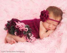 Newborn Crochet Ruffle Dress Flapper Hatand by WillowsGarden