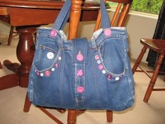 Bag from old jeans...I am so going to make this....