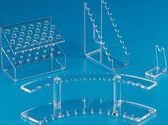 pleksi aksesuar standı, kalem standı, çatal bıçak standı, kaşık standı, vitrin standları, masaüstü teşhir standları http://www.pleksiler.com/pleksi.html
