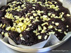 Viiden minuutin suklaa(muta)kakku