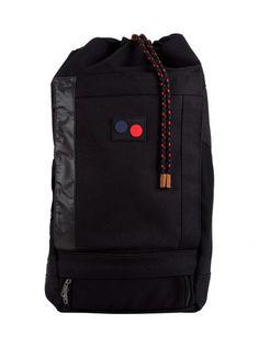 Minimal Black | Rucksack | Blok - 32/22/66 - 180 €