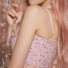 Baby Pink Aesthetic, Kpop Aesthetic, Aesthetic Clothes, Aesthetic Galaxy, Sana Cute, Entertainment, Kpop Outfits, Kpop Girls, Korean Girl