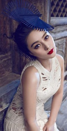 Fan Bing Bing can pull off pretty much any lip color.