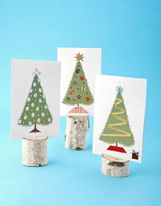 Download and print our illustration, then add beads and ribbon to complete these handmade holiday cards! #christmas #crafts