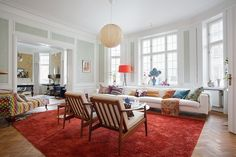 So Bright and Huge Living Room