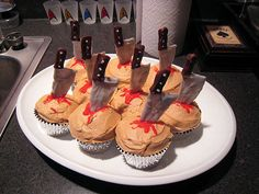 murder mystery party - stabbed cupcakes