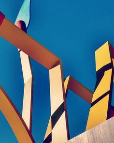 Els mistos (las cerillas) #escultura #claesoldenburg #valldhebron #barcelona #contrapicado