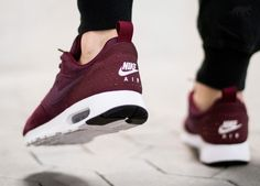 Nike Air Max Tavas LTR (Night Maroon / Night Maroon - Team Red - Sail)