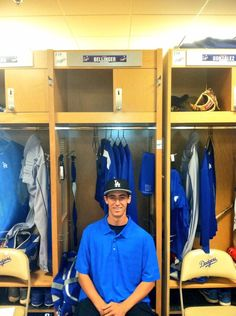 Twitter / CodyBellinger8: First day on the job!  ...