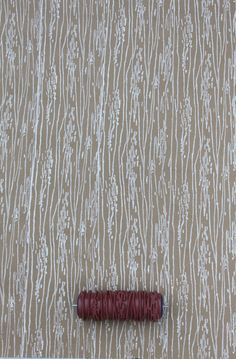 Wood Grain Patterned Paint Roller in gold? or white. like birch.
