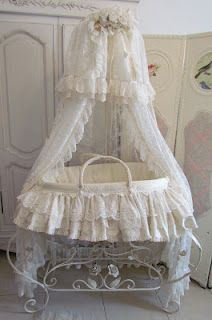 The Moses basket is so beautiful and love all the exquisite lace and detail.
