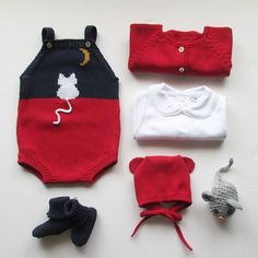 In can be made also as long sleeve romper, overalls or coveralls Made in cotton or wool in every colour Baby Knitting Patterns, Baby Boy Knitting, Baby Girl Patterns, Easy Knitting, Knitting For Kids, Baby Sewing, Crochet Dress Outfits, Knit Baby Dress, Baby Coat
