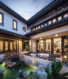 Chinese Asian Architecture, Residential Architecture, Interior Architecture, Chinese Courtyard, Chinese Garden, Chinese Buildings, Hills Resort, Courtyard House, Tropical Houses
