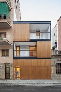 Built by Alventosa Morell Arquitectes in Barcelona, Spain with date 2014. Images by Adrià Goula . - Is it feasible to build a house between party walls creating an intimate space full of natural light in a big city ...