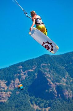 """Kiteboarding""."