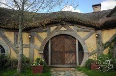 Hobbiton   Hobbit Movie Set New Zealand travel