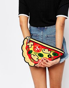 Monki Pizza Clutch B