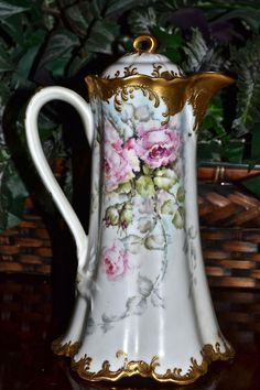 Limoges Fabulous Limoges Chocolate Pot with Romantic Pink Roses and Incredible Gold Detailing on Split Ribbon Handle Tea Sets Vintage, Vintage Dishes, Vintage Coffee, Vintage Decor, Tea Pot Set, Pot Sets, Art Nouveau, China Painting, Chocolate Pots